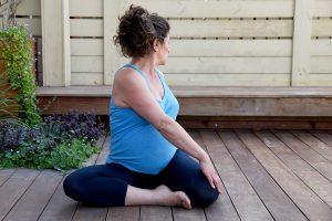 יוגה לנשים בהריון - רביד אושמי